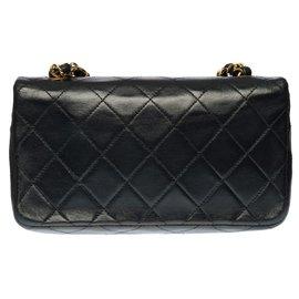 Chanel-Splendid Chanel Classique full flap bag in black quilted lambskin, garniture en métal doré-Black