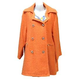 Chanel-CHANEL OVERSIZE COAT IN ORANGE BOUCLETTE WOOL TWEED FROM THE DEFILE COLLECTION 2014-Orange
