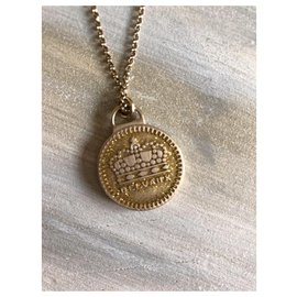 Delvaux-Necklaces-Gold hardware