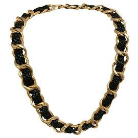 Chanel-Iconic necklace 90'-Gold hardware