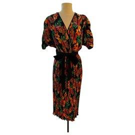 Diane Von Furstenberg-Dresses-Multiple colors