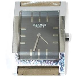 Hermès-HERMES WATCH IN SILVER METAL DIAL BLACK BACKGROUND GRAY QUARTZ-Silvery