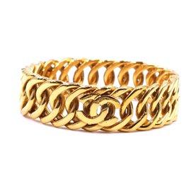 Chanel-Chanel Gold Triple CC Interlocking Chain Bangle-Golden