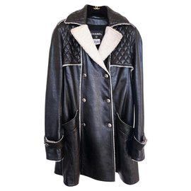 Chanel-11K$ Quilted Leather Trench Coat-Black