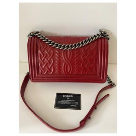 Chanel-Chanel-Red