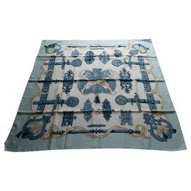 Hermès-carré hermès ferronnerie excellent état-Bleu