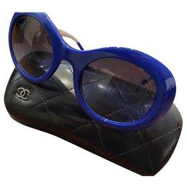 Chanel-Sunglasses-Navy blue