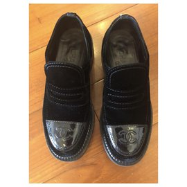 Chanel-CHANEL Velvet Patent Mocassin Loafers-Black
