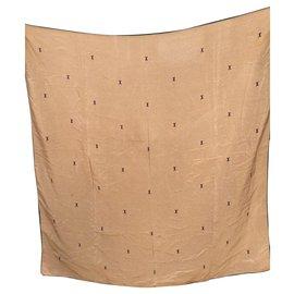 Chanel-Superb Chanel scarf in vintage silk-Beige