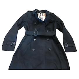 Burberry-Trenchcoat-Black