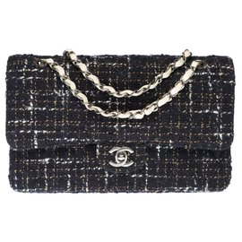 Chanel-Rare and beautiful timeless lined flap bag in black and white quilted tweed, Garniture en métal argenté-Black