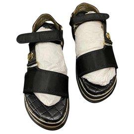 Chanel-chanen sandals-Black,Golden