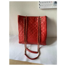 Chanel-Totes-Red,Gold hardware