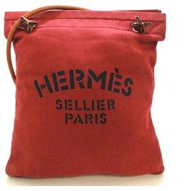 Hermès-Arène Hermès-Rouge