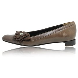Chanel-Brown Leather Camellia Flower Court Shoes-Brown