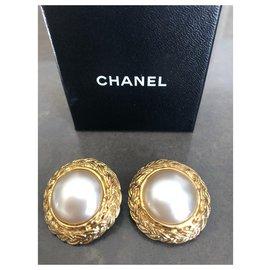Chanel-Chanel vintage earrings-Golden