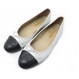 Chanel-CHANEL BALLERINAS A SHOES02819 CC logo 37 WHITE LEATHER SHOES-White
