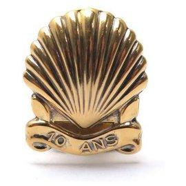 Cartier-BOUTONNIERE CARTIER SHELL 10 ANS EN VERMEIL ARGENT 800 10 YEARS BUTTONHOLE-Doré