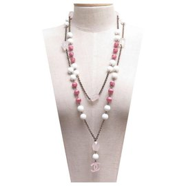Chanel-CHANEL NECKLACE PEARLS AND CC LOGO 150 CM PINK & WHITE METAL + BOX-Pink