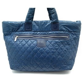 Chanel-CHANEL COCOON XXL HAND TRAVEL BAG 65 CM BLUE QUILTED CANVAS HAND BAG-Blue