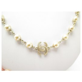 Chanel-NEW CHANEL PEARLS & CC LOGO GOLDEN METAL NECKLACE 69 to 74 CM PEARLS NECKLACE-Golden
