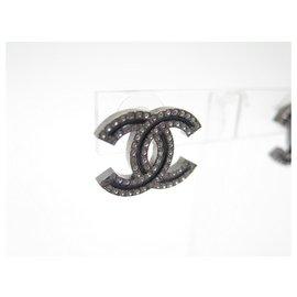 Chanel-NEW CHANEL CC LOGO & STRASS EARRINGS IN BLACK METAL NEW EARRINGS-Black