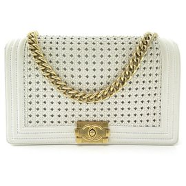 Chanel-HANDBAG CHANEL GRAND BOY WHITE BRAIDED LEATHER BANDOULIERE LEATHER HAND BAG-White