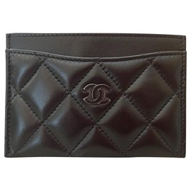 Chanel-Classic Quilted Lambskin So Black Card Holder-Black
