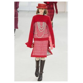 Chanel-RED CASHMERE CAPE F16 SHAWL AH2016 F16-Red
