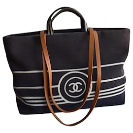 Chanel-Large CC Shopping Tote Bag 38 cm-Blue,Navy blue