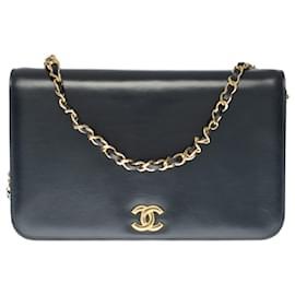 Chanel-Rare Chanel Classique handbag in black box leather, garniture en métal doré-Black