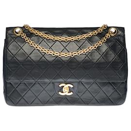 Chanel-Superb Chanel Timeless / Classique bag in black quilted leather, garniture en métal doré-Black