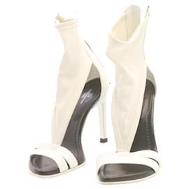 Louis Vuitton-LOUIS VUITTON High Heels Sandals White Leather Nylon CC Auth fm354-White