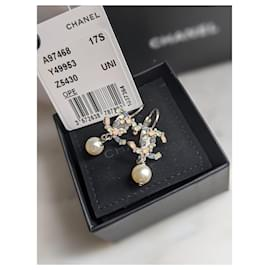 Chanel-Chanel 17B Dangling Multicolour earrings with pearls-Silver hardware
