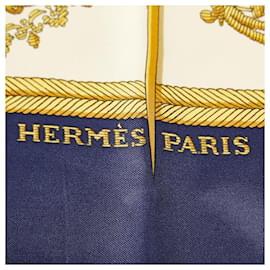 Hermès-Hermes White Les Armes de Paris Silk Scarf-White,Multiple colors
