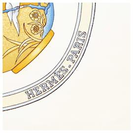 Hermès-Hermes White QuImport le Flacon Silk Scarf-White,Multiple colors