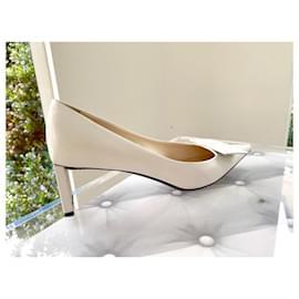 Louis Vuitton-LOUIS VUITTON pumps, catwalk model-White