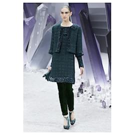 Chanel-7,6K$ Emerald Tweed Jacket-Dark green