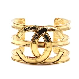 Chanel-Chanel Gold CC Wide Interlocking Cuff Bangle-Golden