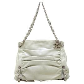 Chanel-Chanel shoulder bag-Cream