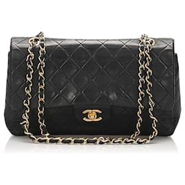 Chanel-Chanel Black Medium Classic Lambskin Leather lined Flap Bag-Black