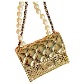 Chanel-Necklaces-Gold hardware