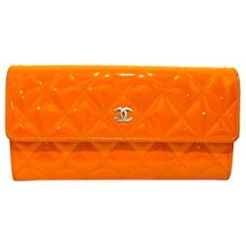 Chanel-Chanel Orange CC Patent Leather Long Wallet-Orange