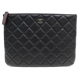 Chanel-CHANEL POUCH CLASSIC BLACK QUILTED LEATHER LEATHER POUCH-Black