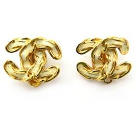 Chanel-CHANEL LOGO CC EARRINGS 2002 GOLDEN METAL & GOLDEN EARRINGS EMAIL CHAIN-Golden