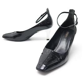 Louis Vuitton-LOUIS VUITTON SHOES PUMPS 39.5 IN BLACK PATENT LEATHER SHOES-Black