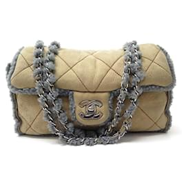 Chanel-NEW CHANEL TIMELESS HANDBAG IN SHEARLING BANDOULIERE SHEARLING BAG-Brown
