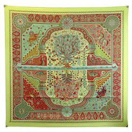 Hermès-NEW HERMES SCARF AT THE DOORS OF THE PALAIS CHRISTINE HENRY GREEN SILK + BOX-Green