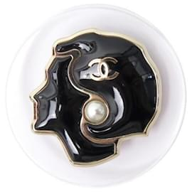 Chanel-NINE CHANEL PORTRAIT COCONUT BROOCH A53182 TRANSPARENT RESIN NEW BROOCH BOX-Other