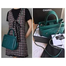 Chanel-crossbody 2019 CC Logo Bag-Green